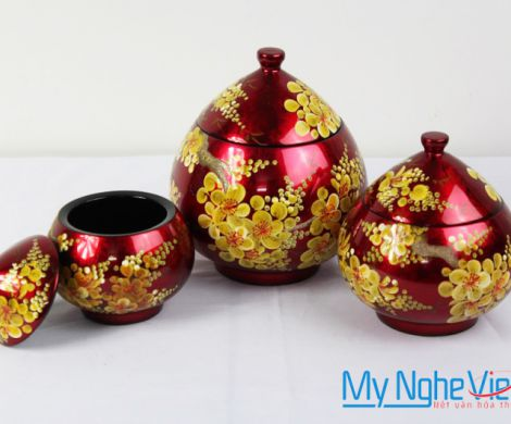 Triple of jar with red apricot blossom pattern MNV-QT09