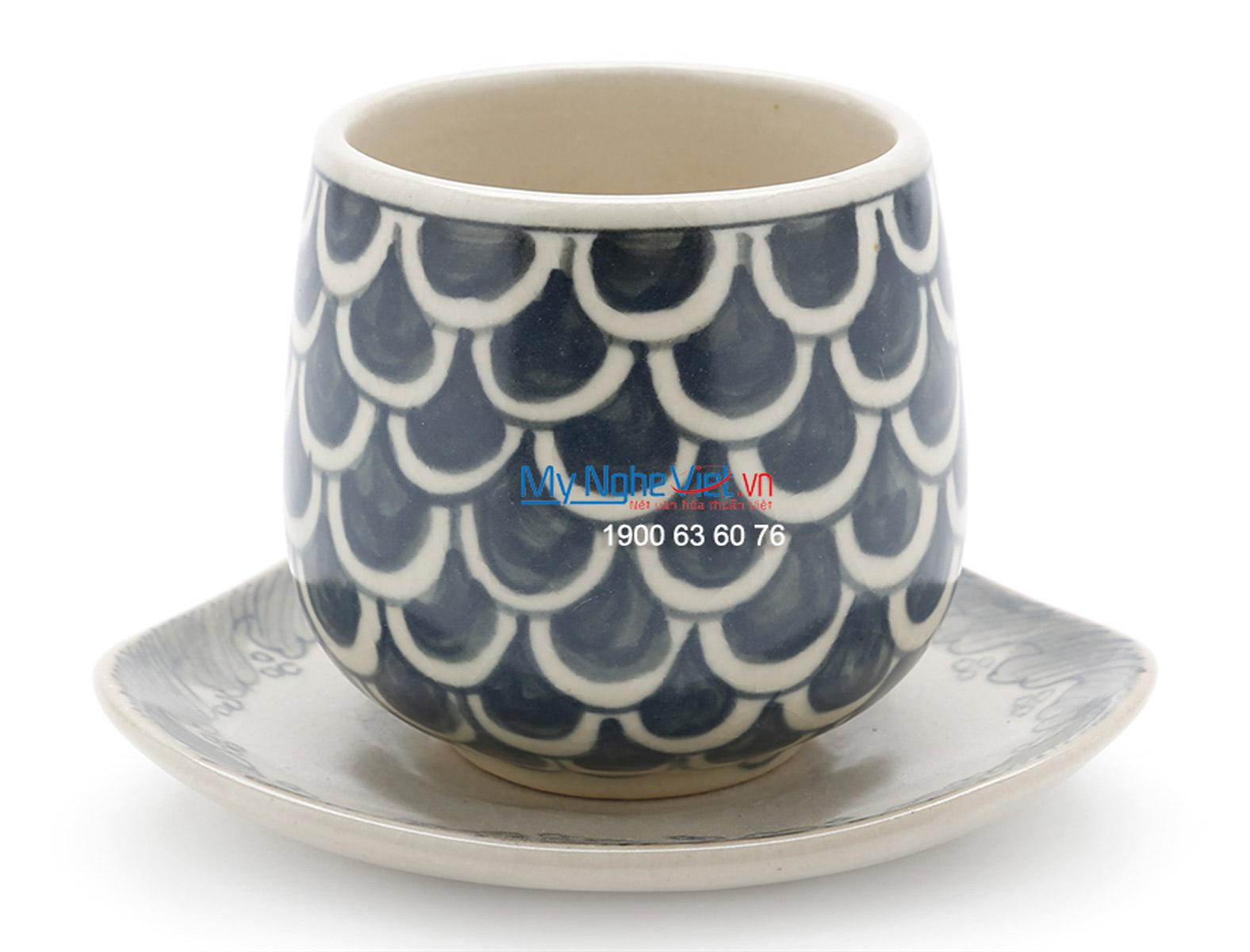 Bat Trang Tea set with Fish Painting (high) MNV-TS474