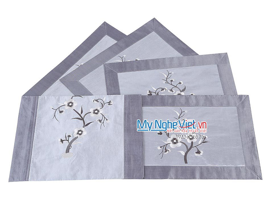 SILVER SILK TABLECLOTH SET (SHORT) - MNV-KLTB10