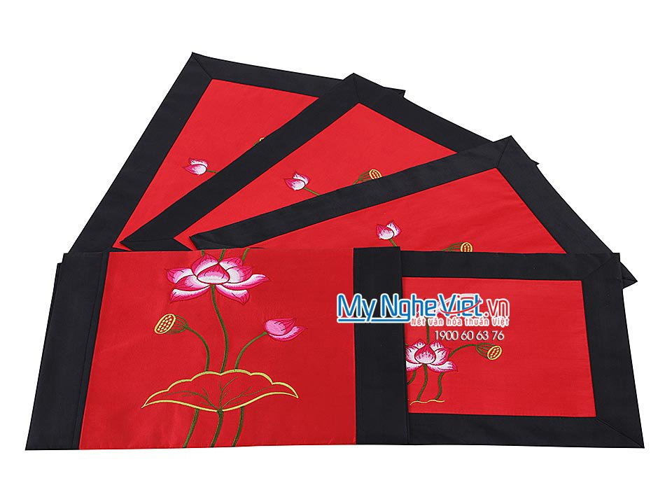 RED SILK TABLECLOTH SET (SHORT) - MNV-KLTB07