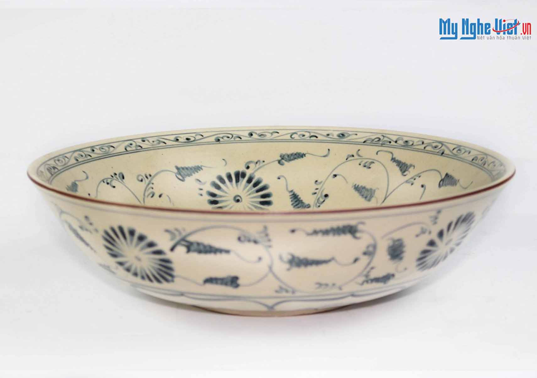 Bat Trang Pottery Bowl with Green Chrysanthemum Pattern MNV-BOA10-1