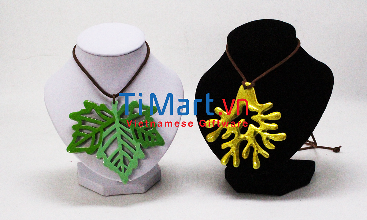 Horn Necklace - MNV-MNTD11E