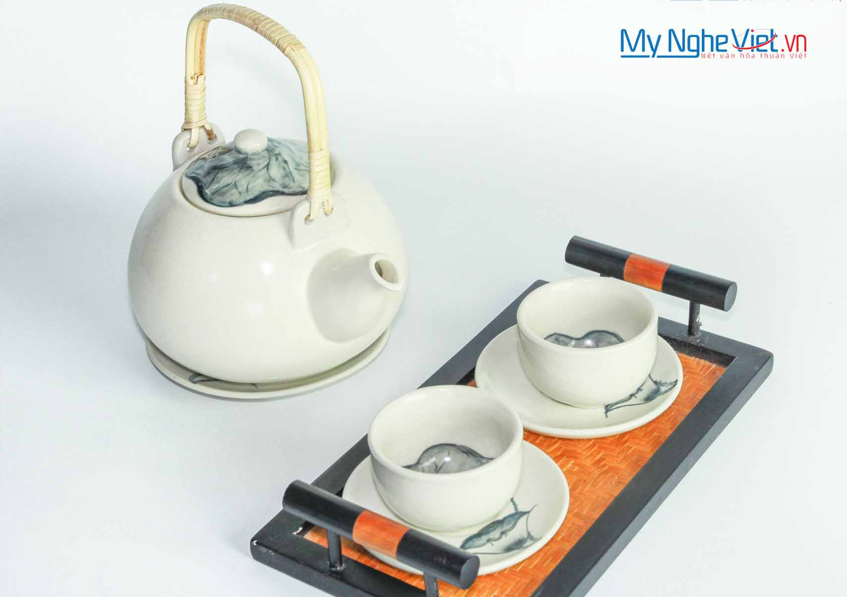 The small-cup tea set with lotus painting MNV-BT84