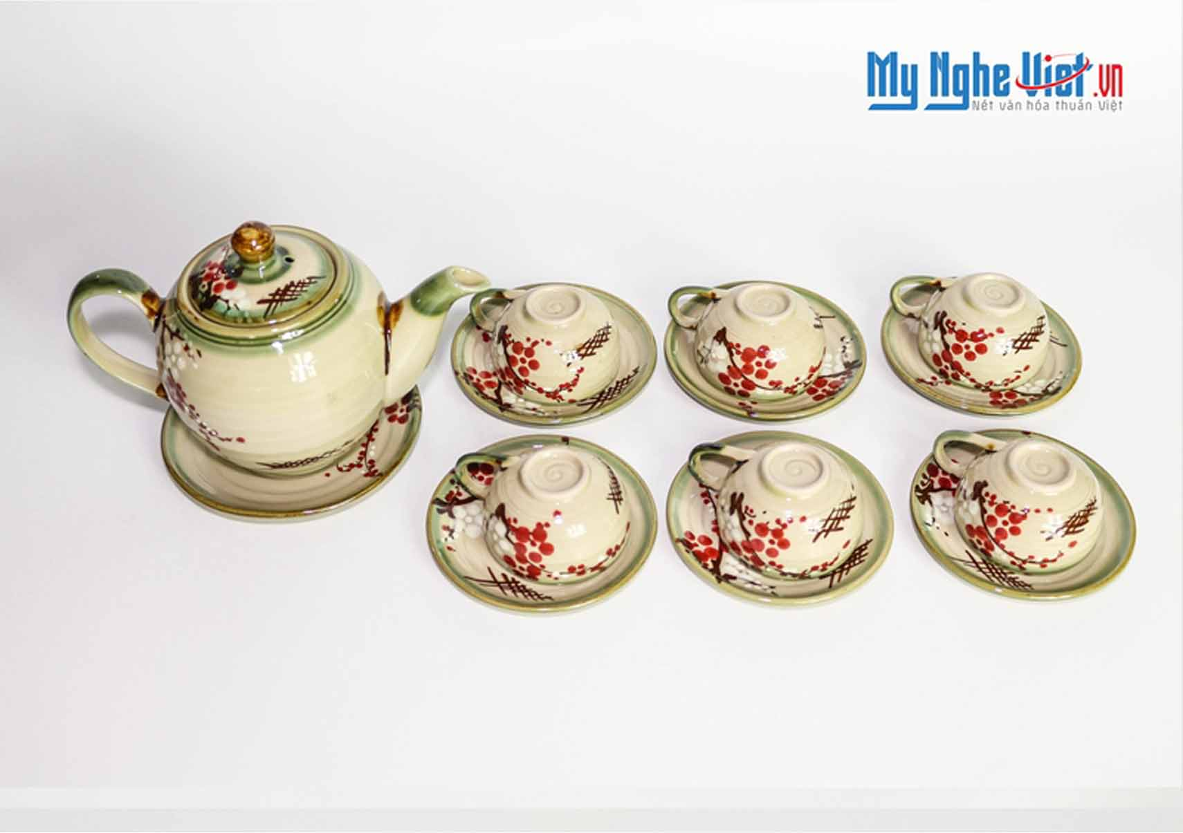 Bat Trang Tea set with Glossy Glaze and Peach Blossom Pattern MNV-TS029