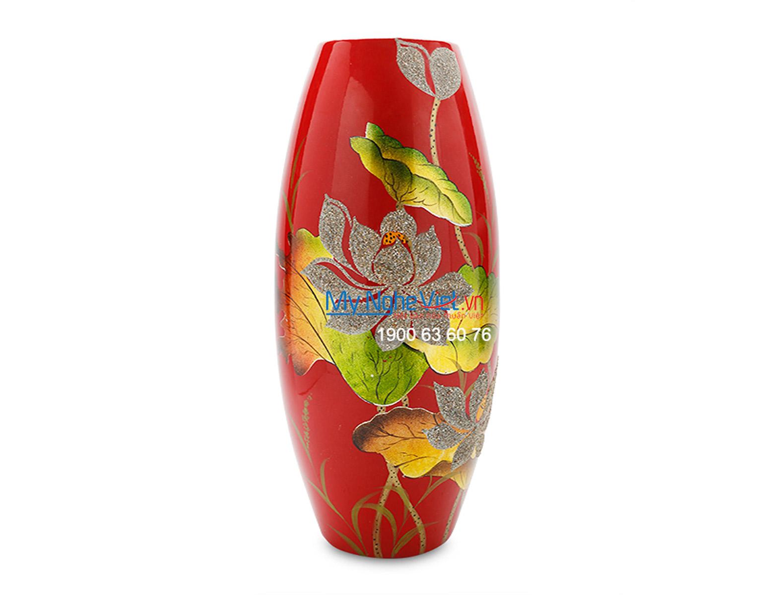 Vase with Lotus Flower Pattern MNV_LHK68