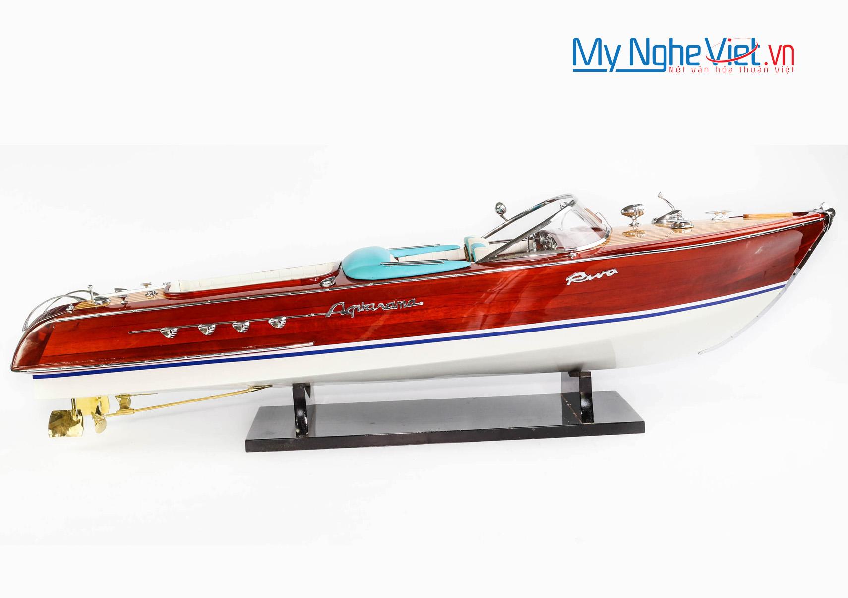 Model boat MNV-TB13