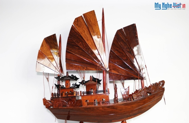 Model boat MNV-TB15