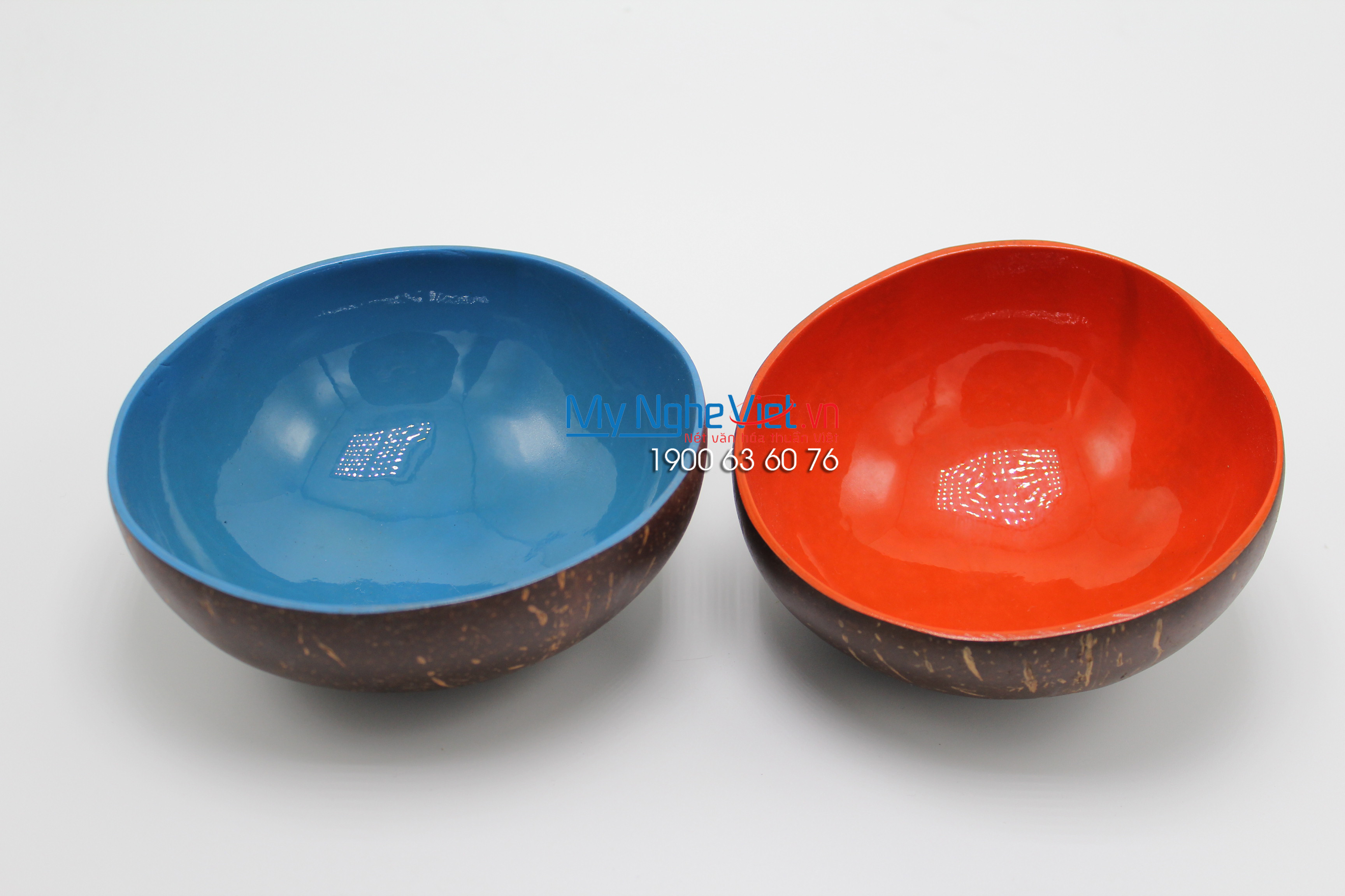 Single Color Lacquer Painting Coconut Cup MNV-CDSM03
